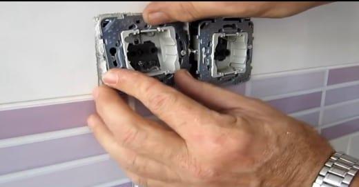 como sacar enchufes en paralelo de un interruptor